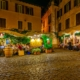 Roma by night with pizza